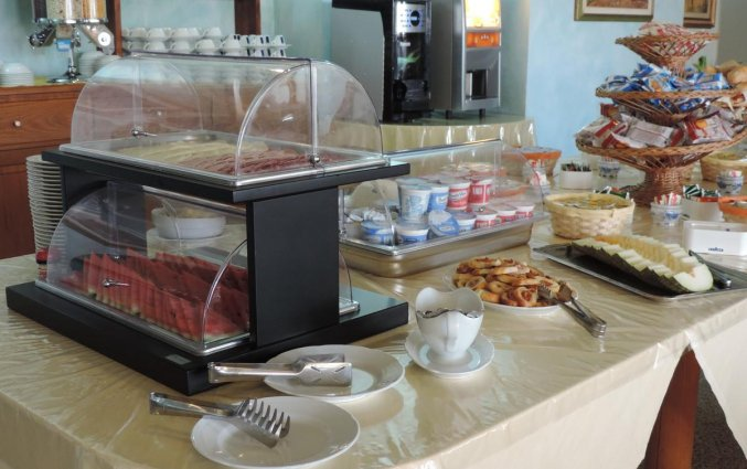 Ontbijtbuffet van Hotel Castello op Sardinië