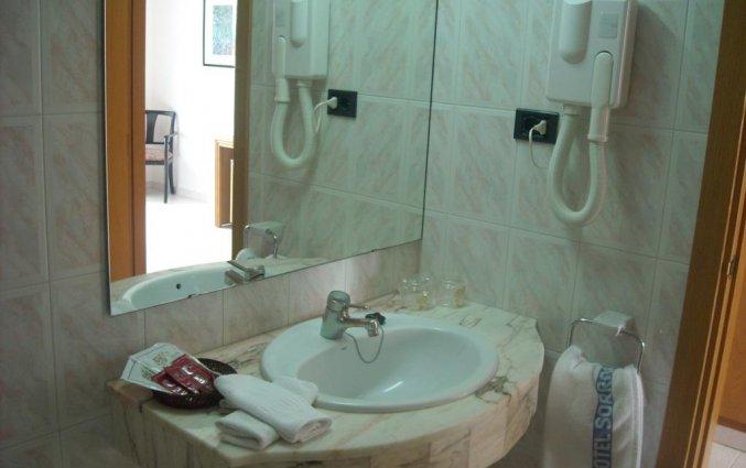 Badkamer in Hotel Sorrabona aan de Costa Brava