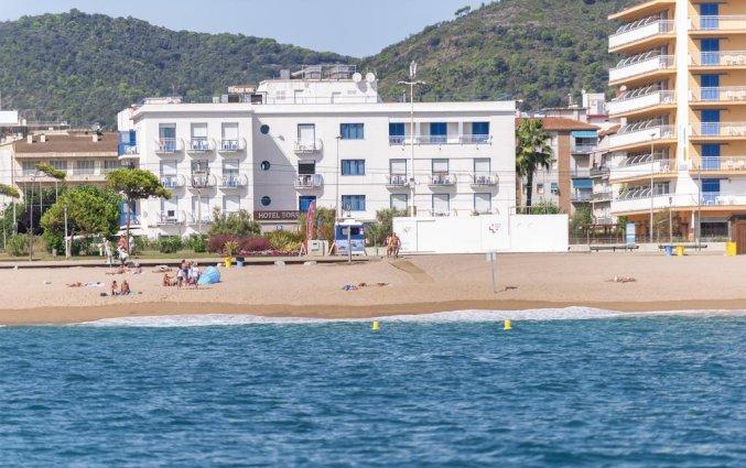 Hotel Sorrabona aan de Costa Brava gelegen aan het strand