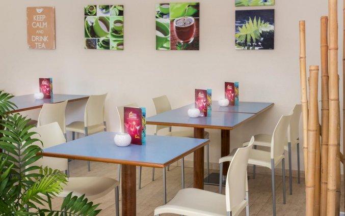 Ontbijtruimte in Hotel Sorrabona aan de Costa Brava