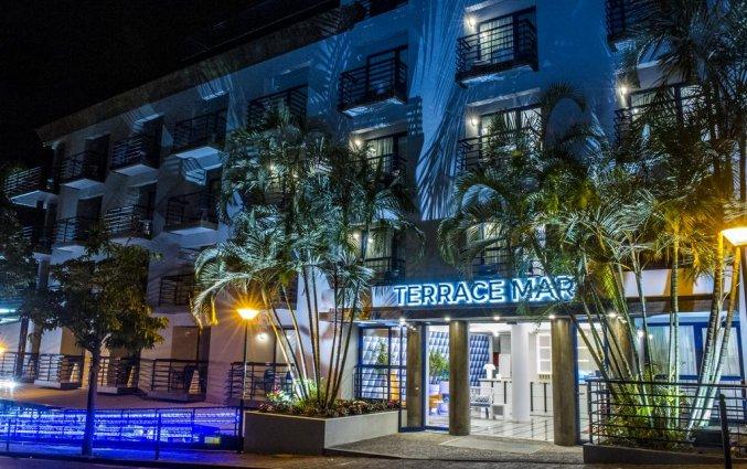 Buitenaanzicht van Hotel Terrace Mar Suite op Madeira