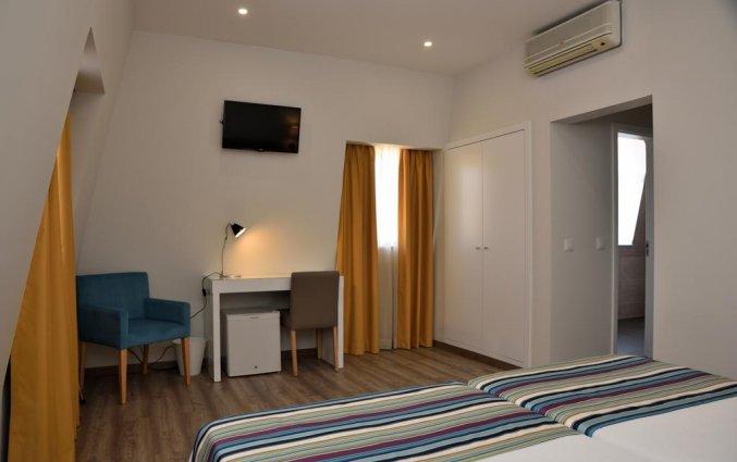 Kamer met enkele bedden in Hotel Domus in Porto