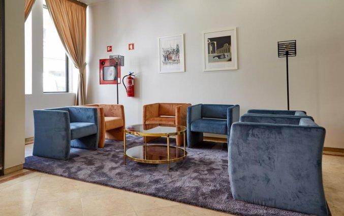 Zitgedeelte in hotel Domus in Porto
