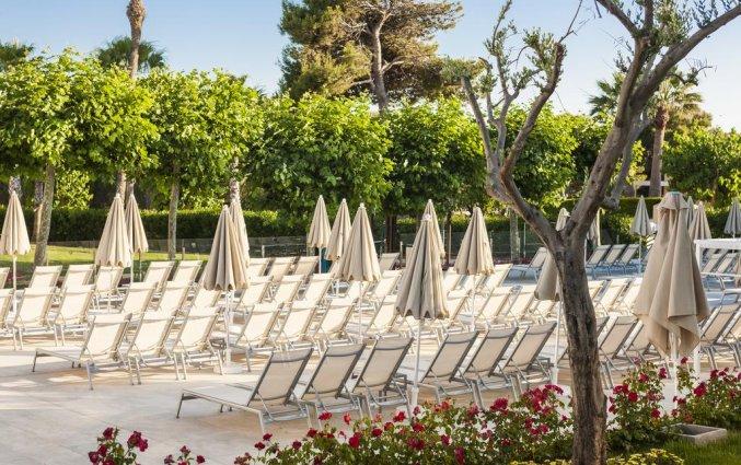 Zonneterras van Hotel Globales Mediterrani op Menorca