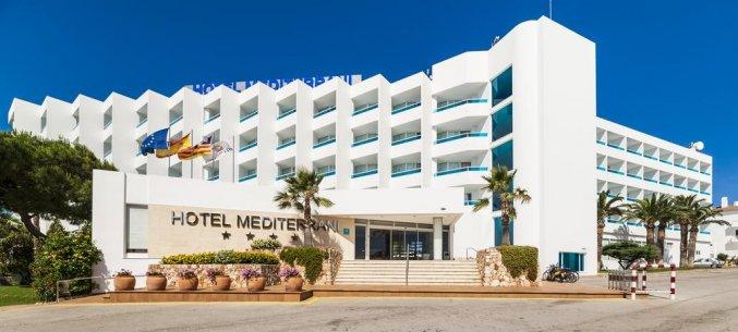 Gebouw van Hotel Globales Mediterrani op Menorca