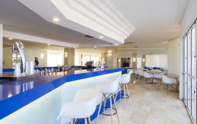 Bar van Hotel Globales Mediterrani op Menorca