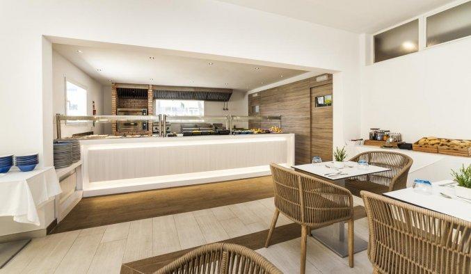 Restaurant van Hotel Globales Mediterrani op Menorca