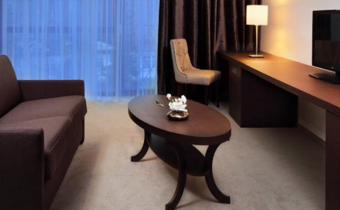 Zitgedeelte in appartement van Hotel Nox Ljubljana