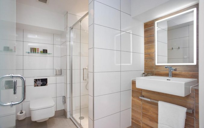 Badkamer van een tweepersoonskamer van Hotel Ten Hill Place in Edinburgh