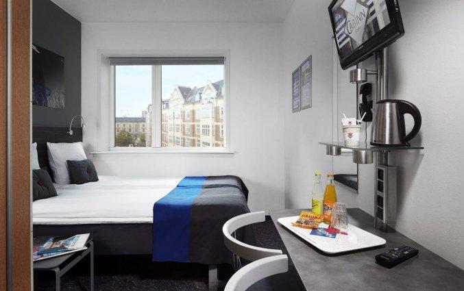 Tweepersoonskamer van hotel Cabinn City Kopenhagen