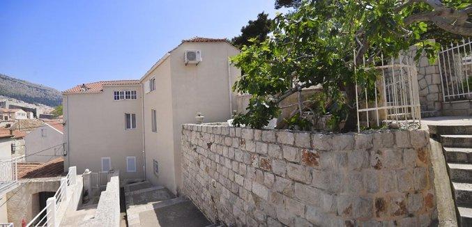 Buitenzijde van Apartementen Mia in Dubrovnik