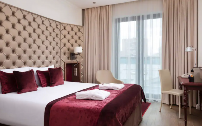 Slaapkamer in hotel Mercure Moscow Paveletskaya