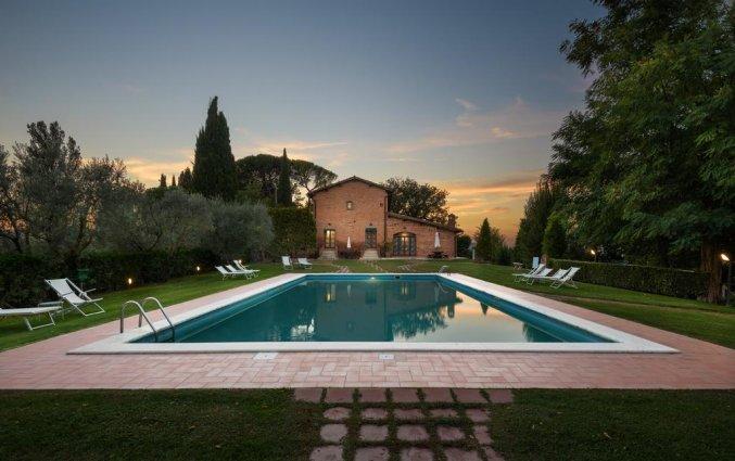 Zwembad van appartement La Casa Delle Querce