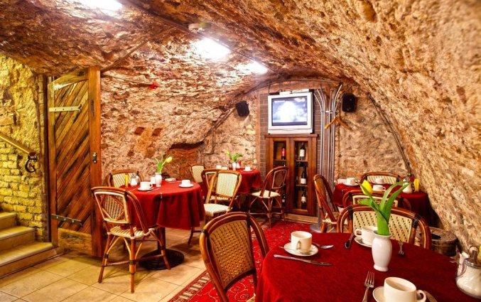 Restaurant in Hotel Monte Kristo in Riga
