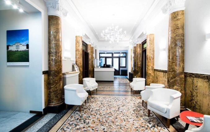 Lobby van Hotel Green Class Astoria in Turijn