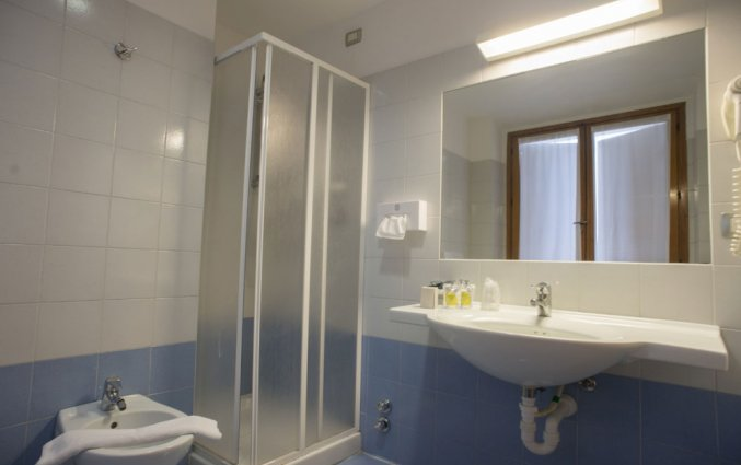 Badkamer van hotel Miramonti in Turijn