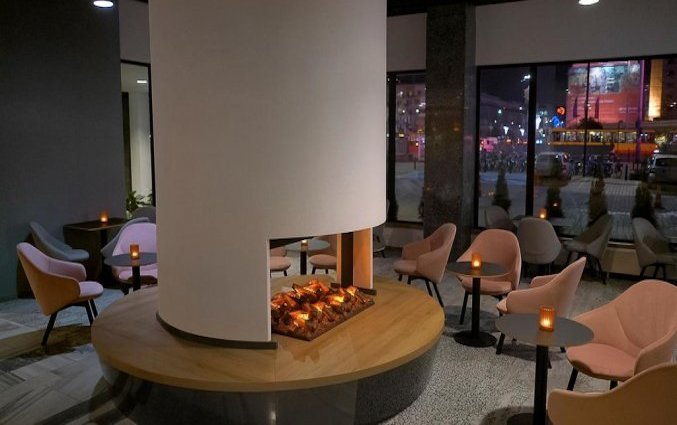 Lounge van Hotel Metropol in Warschau