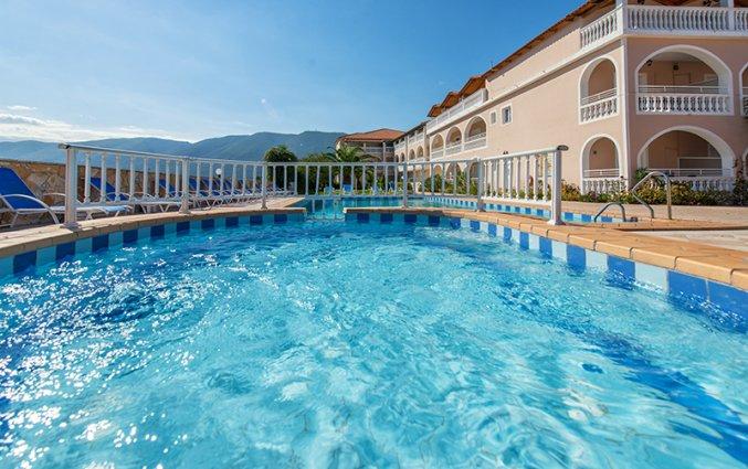 Buitenzwembad van Hotel Plessas Palace op Zakynthos