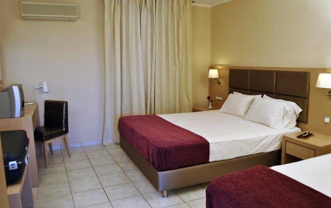 Driepersoonskamer van Hotel Plessas Palace op Zakynthos