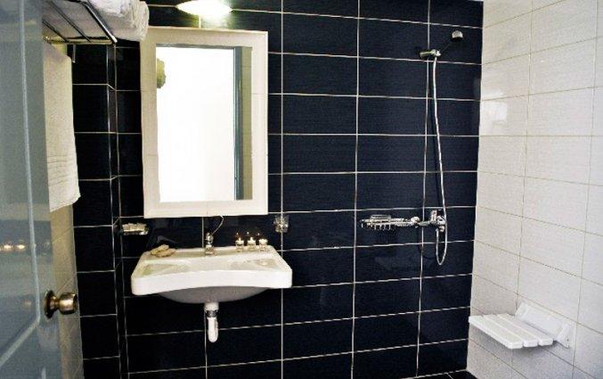 Badkamer van kamer in Hotel Plessas Palace op Zakynthos