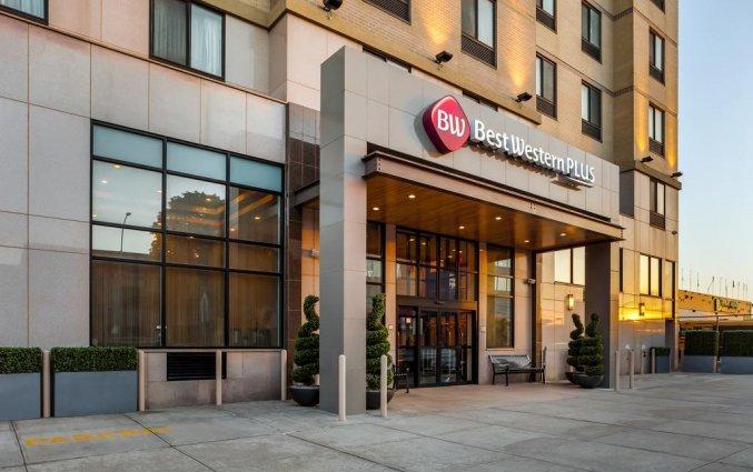 Entree van Hotel Best Western Plaza in New York