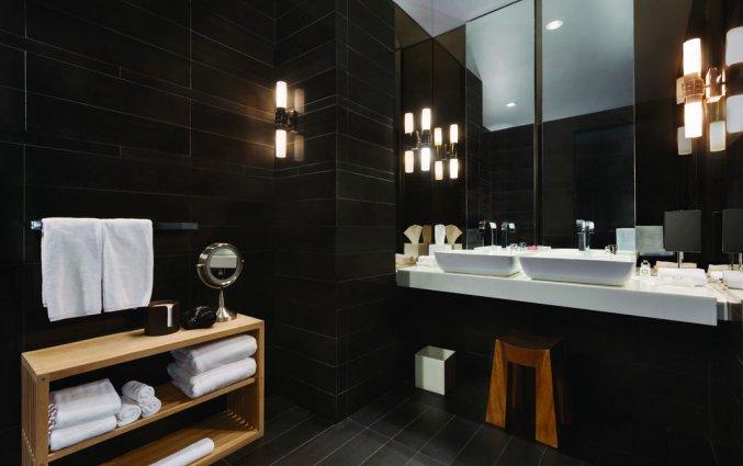 Badkamer van een tweepersoonskamer van Hotel Andaz Wall Street in New York