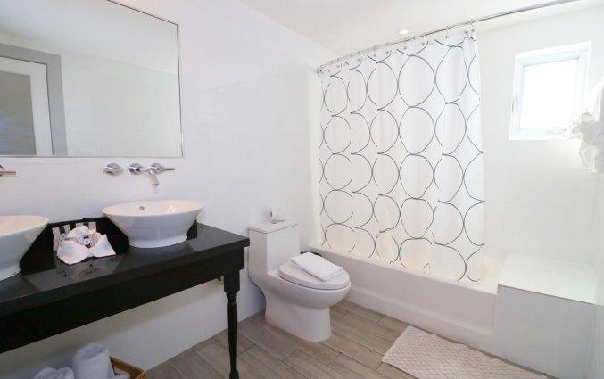Badkamer van appartement Seaside