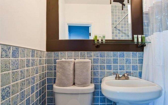 Badkamer van een tweepersoonskamer van Hotel Colony Ocean Drive in Miami
