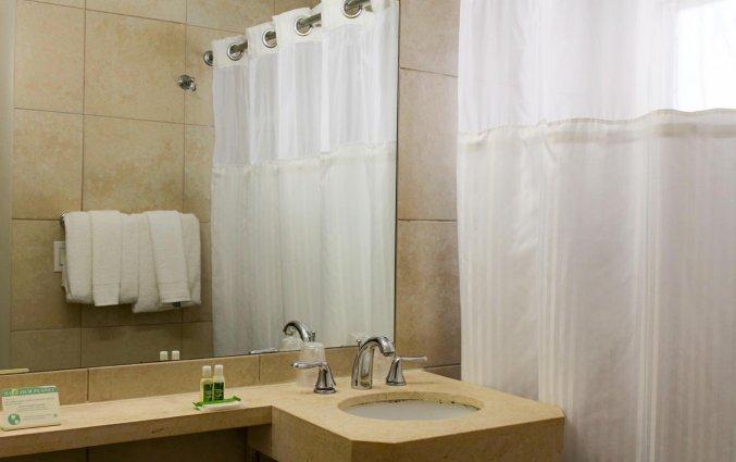 Badkamer van collins hotel