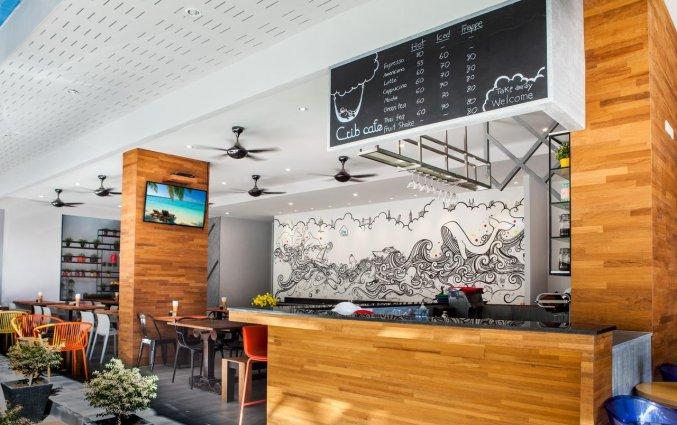 the crib patong hotel restaurant
