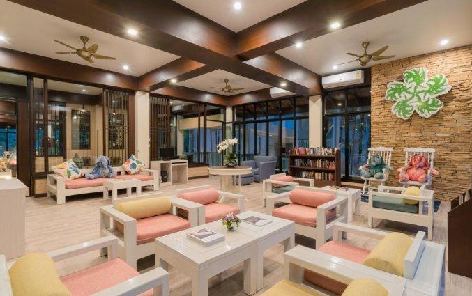 Zitruimte van Resort The Briza Beach Khao lak