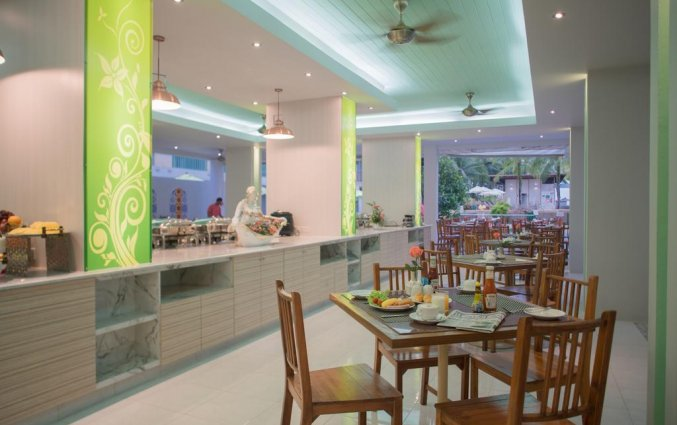 Restaurant van Resort The Briza Beach Khao lak