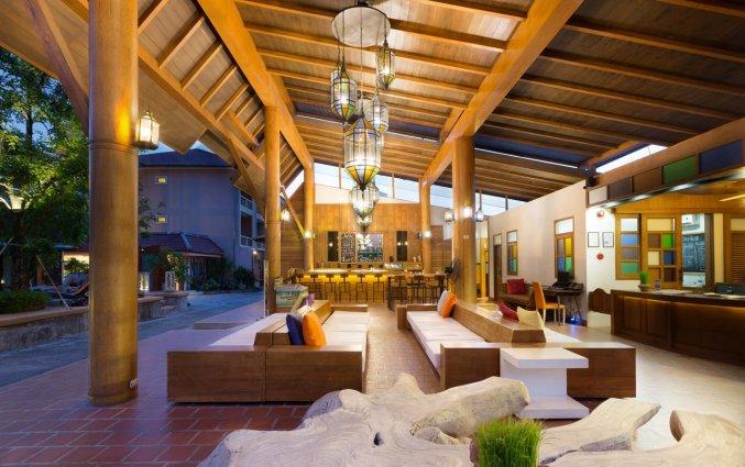 Lobby Naina Resort & Spa