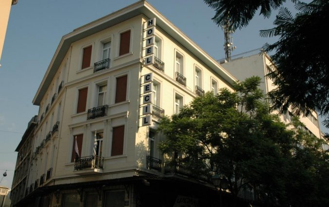Vooraanzicht hotel Cecil Athene