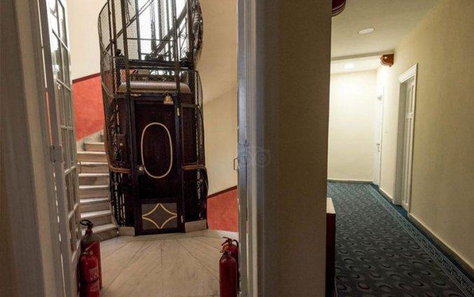 Gang van hotel Cecil Athene