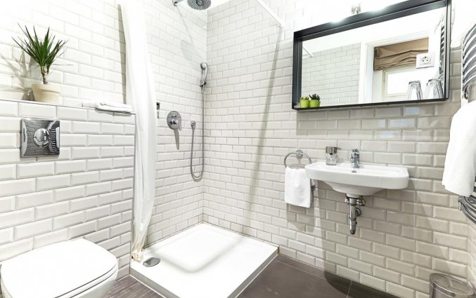 badkamer van Hotel en Apartments The Magazine
