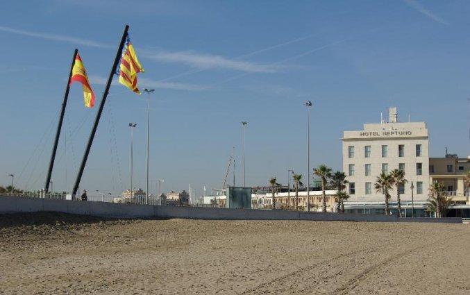 Uitzicht op Hotel Neptuno in Valencia