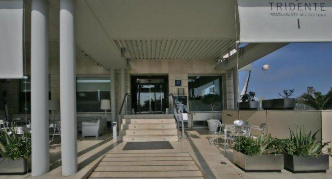 Entree van Hotel Neptuno in Valencia