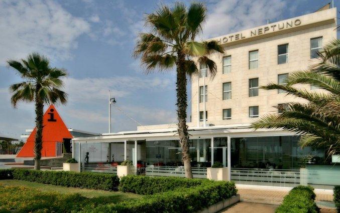 Gebouw van Hotel Neptuno in Valencia