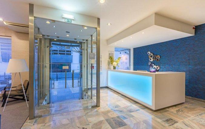 Entree en receptie van Hotel Baltum in de Algarve