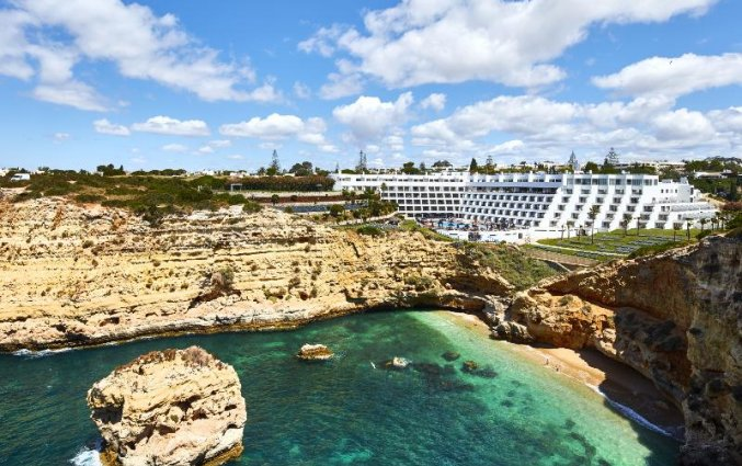 Gebouw van Hotel Tivoli Carvoeiro in Algarve