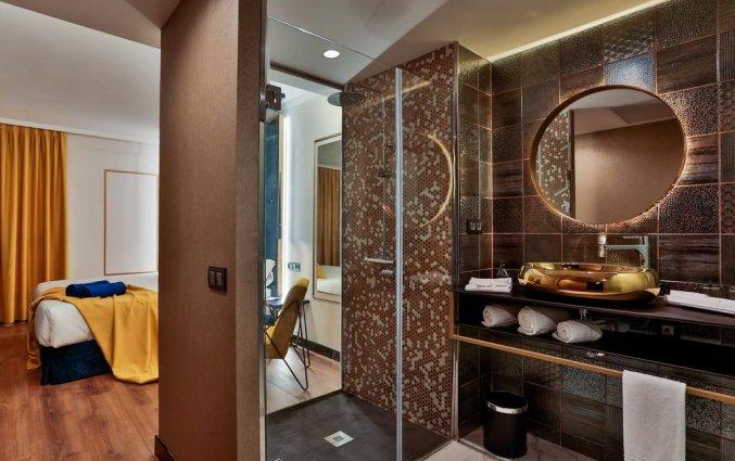 Badkamer van hotel Design Plus Bex Gran Canaria