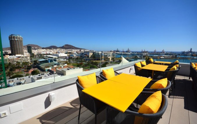 Terras van hotel Design Plus Bex Gran Canaria