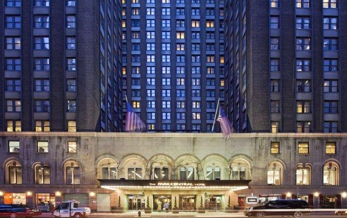 Ingang van Hotel Park Central in New York