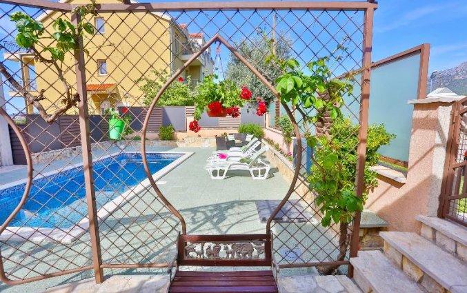 Zwembad van Appartementen Ivan in Solin
