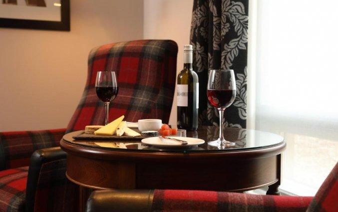 Wijn van hotel Macdonald Holyrood in Edinburgh