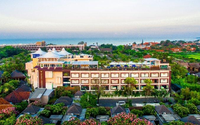 Gebouw van hotel Vin Sky in Bali