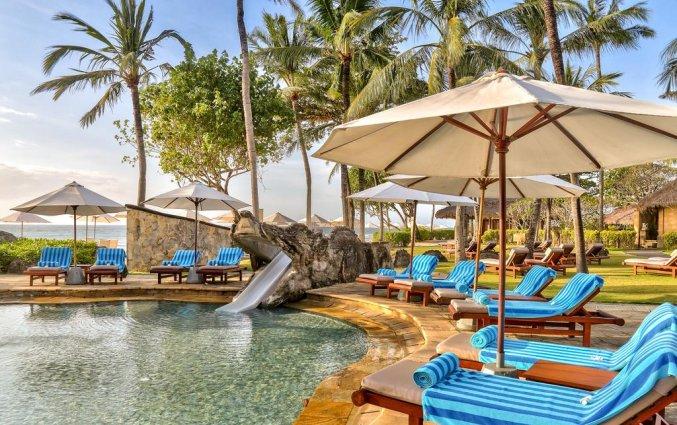 Zwembad van Resort Hilton Bali