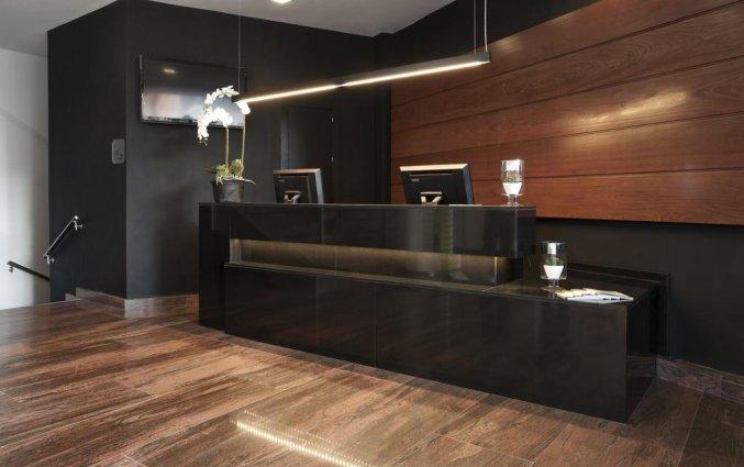Receptie van hotel Exe Moncloa Madrid