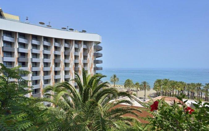 Gebouw van hotel Melia Costa del Sol in Torremolinos
